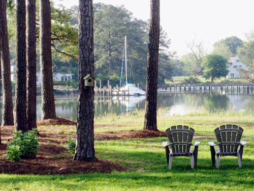 Featured Property in MATHEWS, VA, 23109